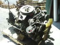 1990 Ford F-700 429 Industrial motor. Complete with 5