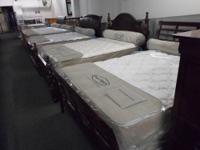 "100 % American Made ""Englander"" Queen Size Pillow Top"