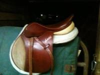 This wonderful saddle has been sitting in my trailer