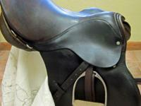 "16 1/2"" Campbell English all purpose saddle."