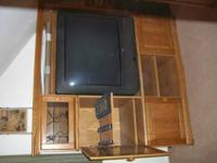 Like new Oak entertainment center, 5' tall and 5' wide,