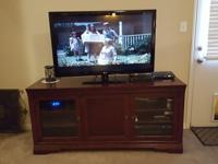 We bought this entertainment console from Haverty