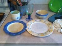 . I have a full set of pfalztagraff dishes, summertime