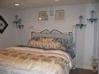 I just finished this amazing Shabby Chic designed room,