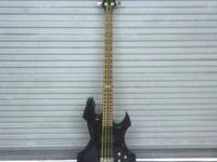I have an ESP Ltd axe bass. Yellow Dr strings really