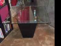 Very Nice Contempory End Tables. Black Marble on bottom