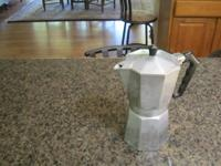 LARGE ESPRESSO COFFEE POT (ITALY) ( USED) I have had