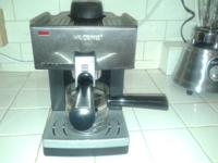 Mr Coffee espresso maker and blender.  Both work fine.