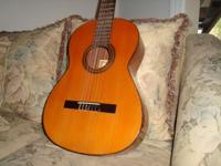 ESTEVE GUITAR MODEL 1.4 ST in excellent condition.