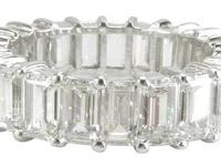 www.ConvenienceBoutique.com Eternity Band Emerald Cut