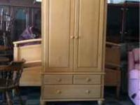 We just got in this beautiful Ethan Allen Set. It comes