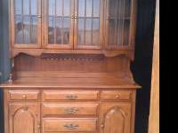 This Is A Two Piece Ethan Allen China Hutch. It Is In