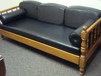 Ethan Allen - daybed w/trundle - solid wood frame -