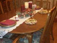 Set includes 1 table with 2 leafs & 6 chairs with