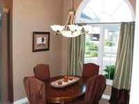 This is an Ethan Allen dinning room table with matching