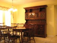 This is an older style Ethan Allen Tavern dinning room