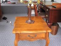 Ethan Allen end table with easily removable fitted