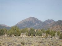 This property lies at the foot of the Antelope Range in