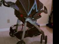 Evenflo aura travel system only one year old good