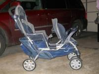 Double stroller, have bar to use car seat in front