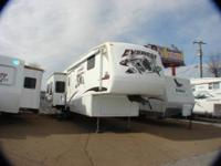 EVEREST FIFTH WHEEL MODEL 344J TOP OF THE LINE TO VIEW