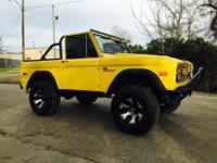 very clean convertible Bronco newer interior tires are