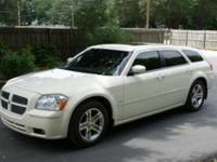 I selling a 2005 dodge magnum Rt, runs and drives