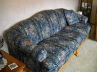 This is an excellent quality sofa made by Marshfield.