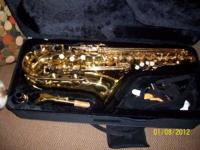 BEAUTIFUL MENDINI CECILIO GOLD ALTO SAX IN NICE VINYL