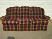 This is a really good looking couch.Would look good in