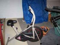 Stamina Air Bike 950, cooling fan mounted on wheel,