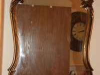 Beautiful gold framed mirror. Very nice quality. Heavy.