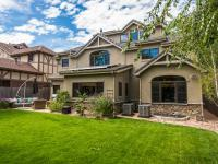 Extraordinary living in Hilltop! You are welcomed into