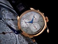 This is an 18K rose gold FP Journe Centigraphe