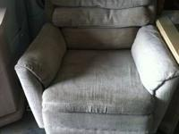 Fabric Recliner $45 Chabad Thrift Store Non Profit