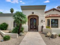 Fabulous family home in Paradise Valley! Down to the
