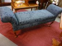 Small neutral color fainting sofa - freshly steam