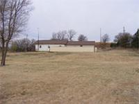 House & & 4+/ - Acres-Fairview Area, Major Co., OK.