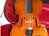 I am selling my 3/4 violin, has a nice base sound with
