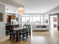Enjoy downtown Denver living in this fantastic bright