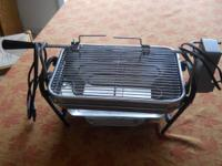 The Farberware smokeless indoor grill is in excellent