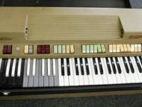 Farfisa Compact Deluxe works but a few keys are