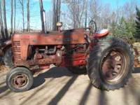 Farmall 400 gas tractor straight drawbar good runner