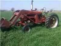 Farmall tractor M wide frontend good runs Davis front