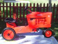 FARMALL M PEDAL TRACTOR MADE BY SCALE MODELS I JUST