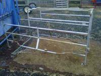 Pig farrowing create. Very good condition. Pick up