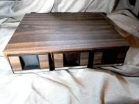 Today we have for you a Vintage 1980s Faux Wood Grain 3