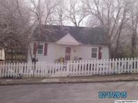 Great 2 bedroom 1 bath cottage design home near