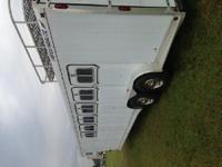 6 Horse Featherlite Horse Trailer, well kept, very