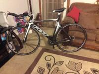 I'm offering my bike, it's a felt b12 2012, I'm quite